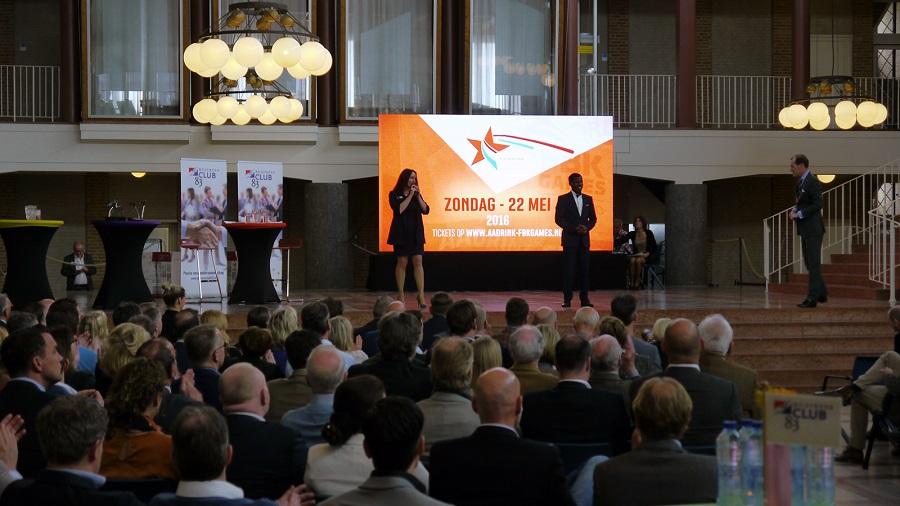 led scherm tijdens jubileumsymposium in hengelo