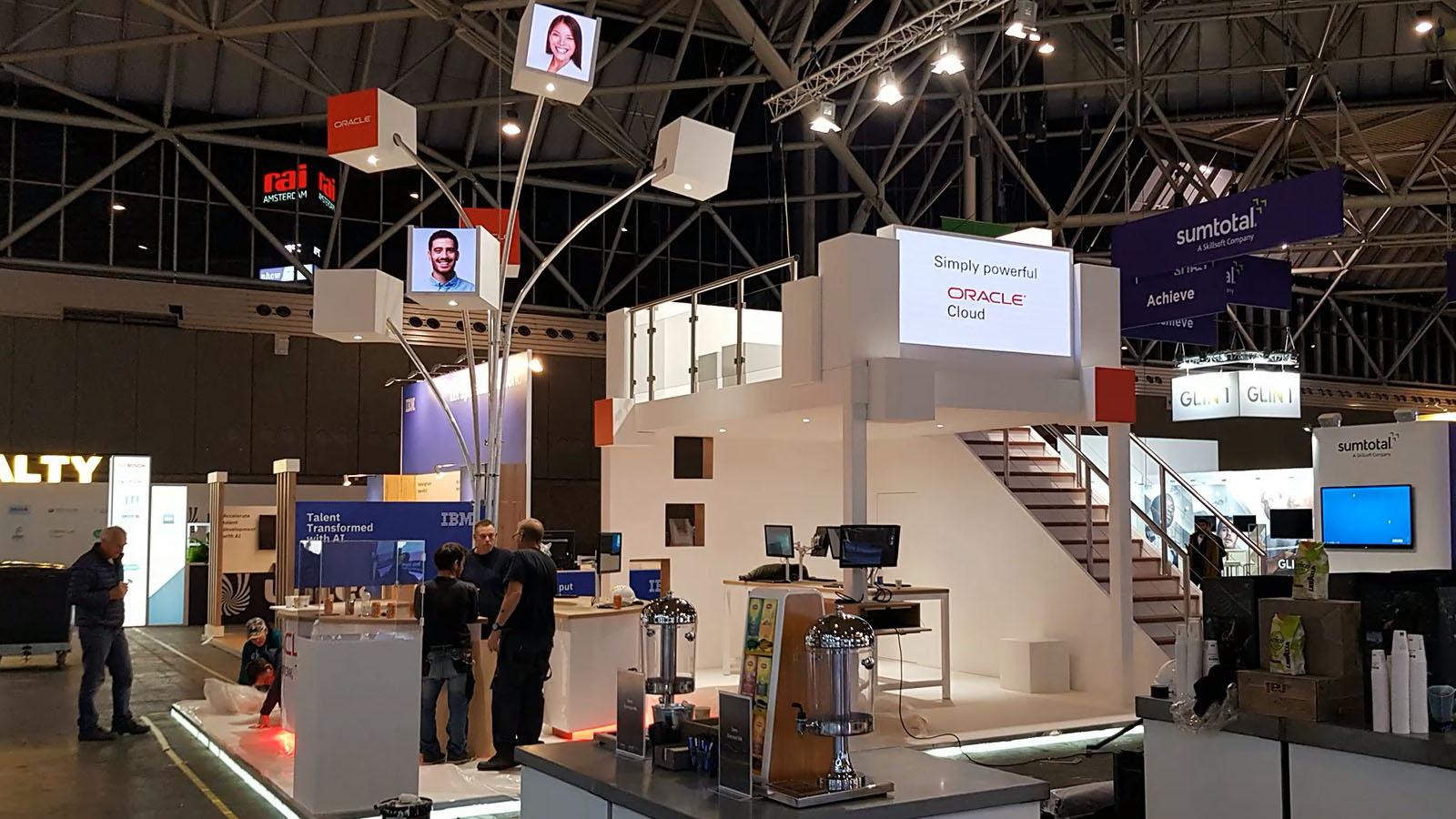 led scherm en panelen huren voor stand in de rai amsterdam