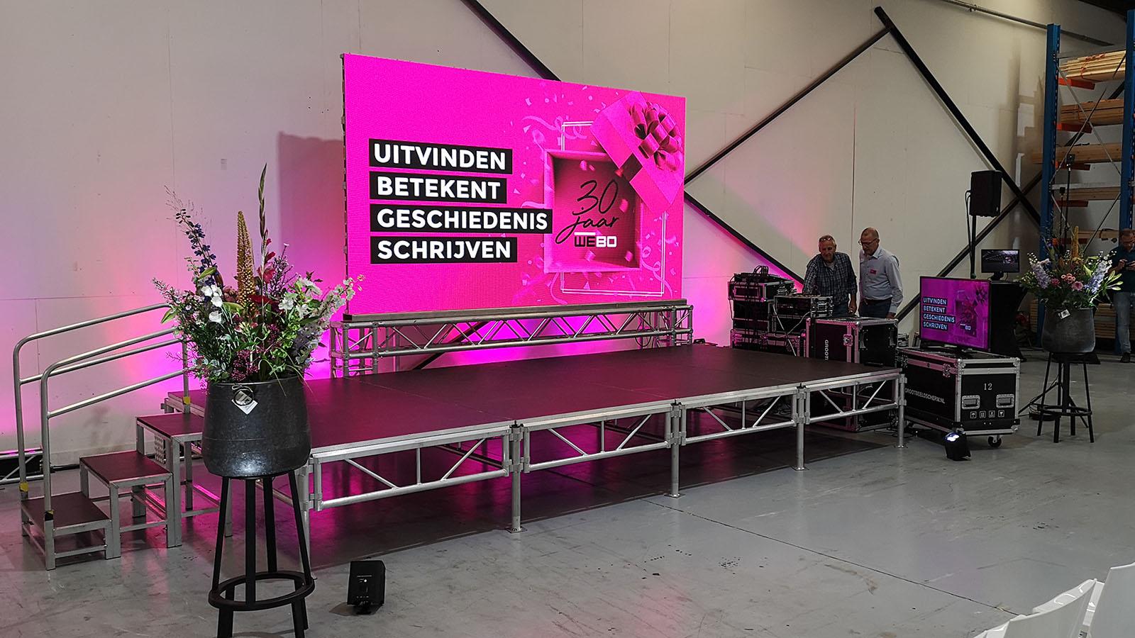 led scherm licht geluid en podium voor presentatie in rijssen