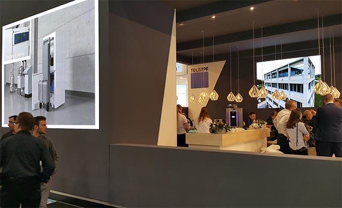 led walls in stand van bedrijf uit hengelo