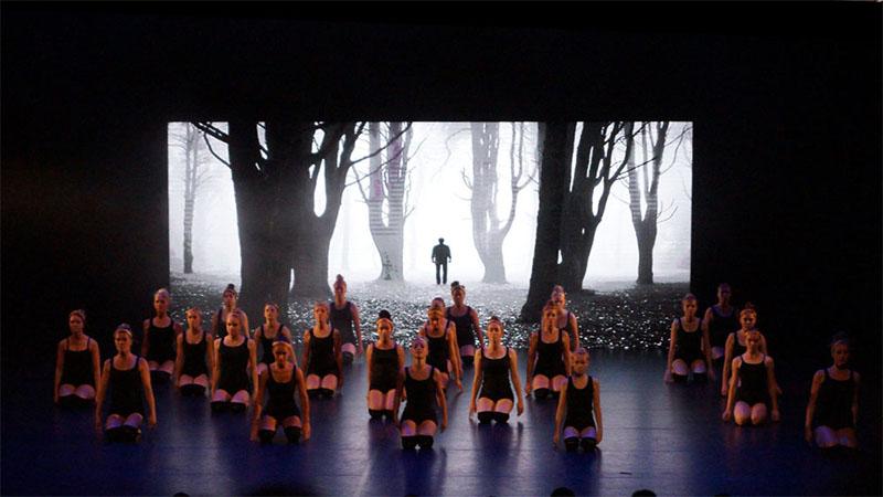 led scherm in theater te almelo