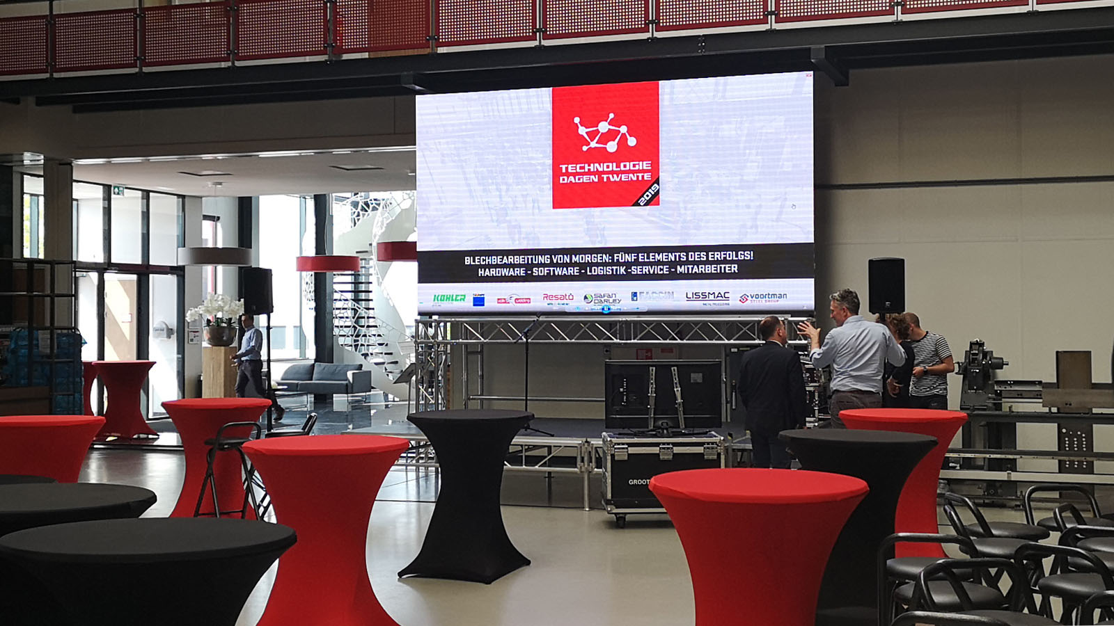 led scherm podium en geluid voor technologiedagen twente