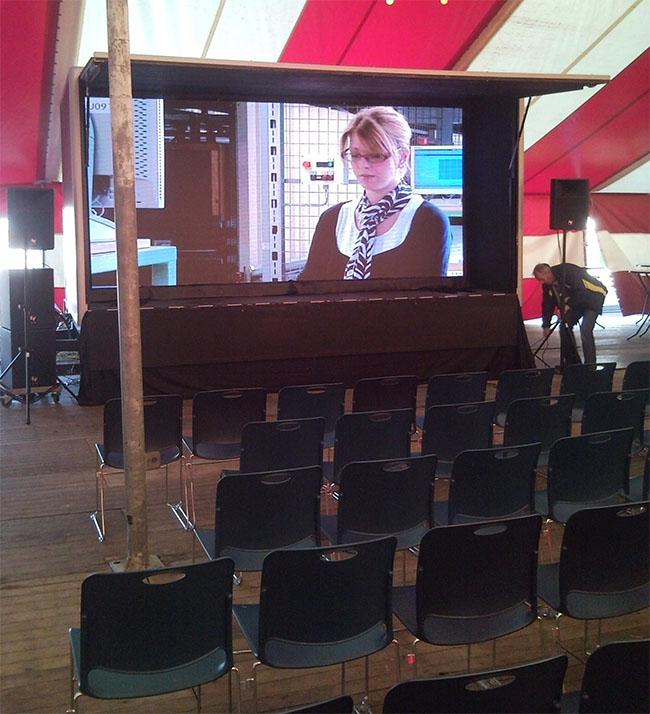 led scherm en geluid bij presentatie tijdens project van ministerie van defensie in hoogerheide